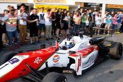 Pemenang balapan, Felix Rosenqvist, Prema Powerteam Dallara Mercedes-Benz