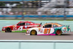 Ross Chastain, JD Motorsports Chevrolet and Landon Cassill, JD Motorsports Chevrolet