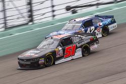 Jeremy Clements, Jeremy Clements Racing Chevolet ve Kyle Larson, Hscott Motorsports Chevrolet