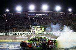 2015 NASCAR Sprint Cup Champion Kyle Busch, Joe Gibbs Racing Toyota celebrates
