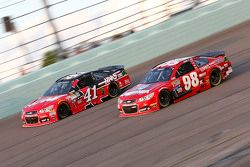 Kurt Busch, Stewart-Haas Racing Chevrolet et Ryan Preece