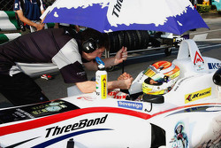 Arjun Maini, Three Bond con T-Sport Dallara Tomei