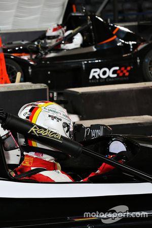 Sebastian Vettel ve Tom Kristensen finalde
