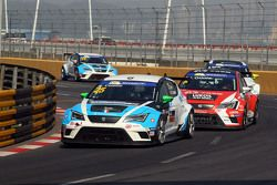 Stefano Comini, SEAT Leon, Target Competition y Pepe Oriola, SEAT Leon, Team Craft-Bamboo LUKOIL