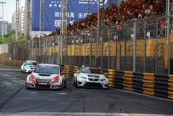 Gianni Morbidelli, Honda Civic TCR, West Coast Racing y Jordi Oriola, SEAT Leon, Target Competition