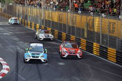 Stefano Comini, SEAT Leon, Target Competition with Pepe Oriola, SEAT Leon, Team Craft-Bamboo LUKOIL