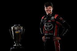 NASCAR Truck Series campeón Erik Jones, Kyle Busch Motorsports