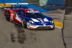 La Ford GT LM du Chip Ganassi Racing effectue des tours de parade