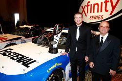 IL campione 2015 Xfinity Series Chris Buescher con Jack Roush