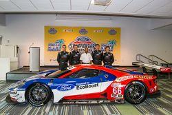 Pilotos de Chip Ganassi Ford GTLM para IMSA y Le Mans: Dirk Müller, Joey Hans, RIchard Westbrook y R