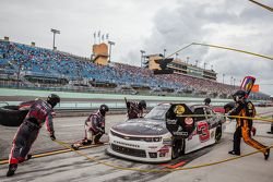 Pit stop for Ty Dillon, Richard Childress Racing Chevrolet