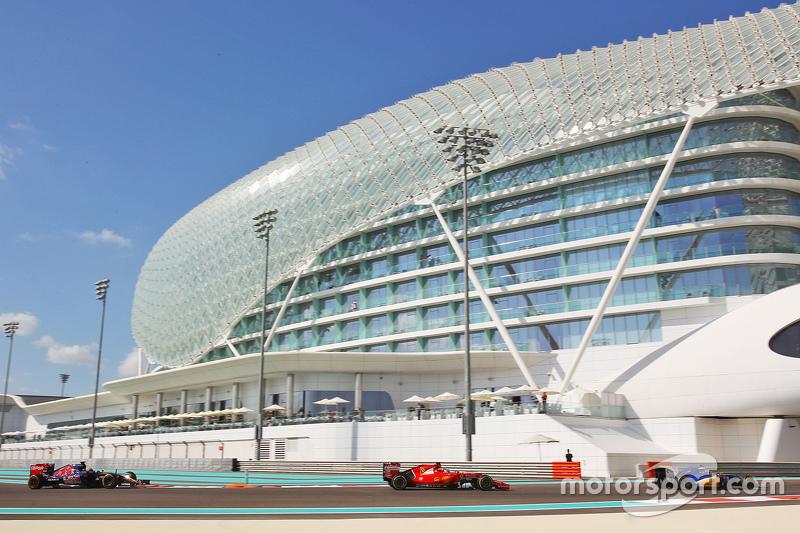 Маркус Ерікссон, Sauber C34 лідирує  Себастьян Феттель, Ferrari SF15-T та Макс Ферстаппен, Scuderia Toro Rosso STR10