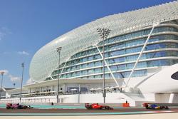 Marcus Ericsson, Sauber C34 leads Sebastian Vettel, Ferrari SF15-T and Max Verstappen, Scuderia Toro Rosso STR10