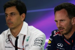 Christian Horner, Red Bull Racing, Toto Wolff, Mercedes AMG F1in de FIA persconferentie