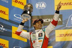 Podium: second place Mehdi Bennani, Citroën C-Elysée WTCC, Sébastien Loeb Racing