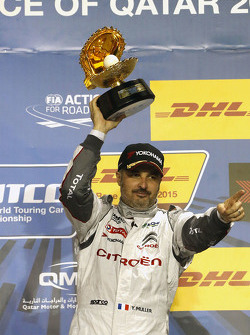 Podio: ganador Yvan Muller, Citroën C-Elysée WTCC, Citroën World Touring Car team