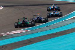 Pal Varhaug, Jenzer Motorsport, leads Ralph Boschung, Jenzer Motorsport, Mitch Gilbert, Carlin and S