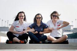 Julie Berthelot, 塞巴斯蒂安勒布车队;Francesca Valdani, Roal 车队; Claire Magnant, 雪铁龙WTCC车队