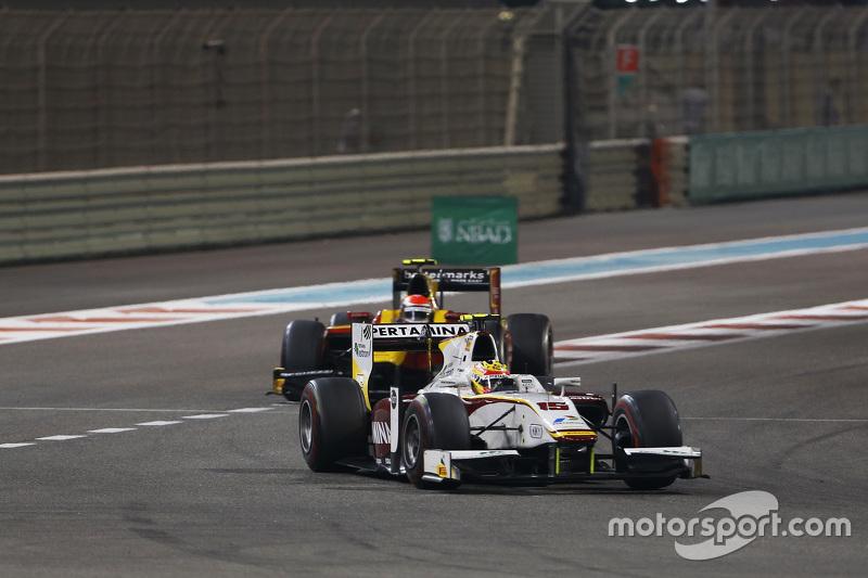 Rio Haryanto, Campos Racing; Alexander Rossi, Racing Engineering