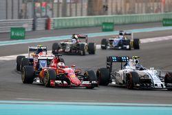 Sebastian Vettel, Scuderia Ferrari en Valtteri Bottas, Williams F1 Team
