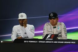 Second place Lewis Hamilton, Mercedes AMG F1 and race winner Nico Rosberg, Mercedes AMG F1 in the FI