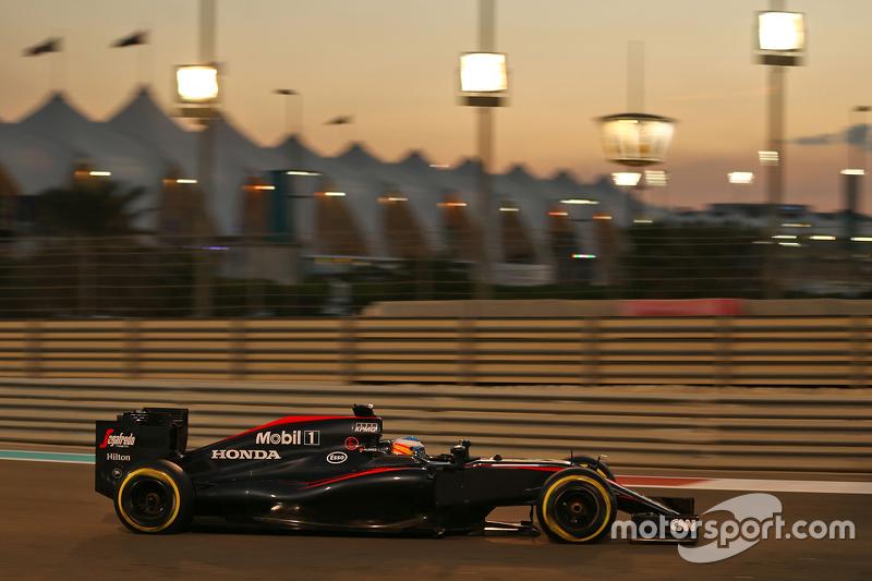 Fernando Alonso, McLaren MP4-30 (2015)