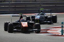 Luca Ghiotto, Trident devant Jimmy Eriksson, Koiranen GP