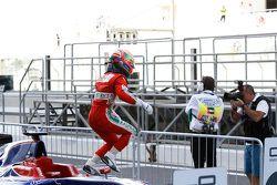 2. Yarış ikinci Antonio Fuoco, Carlin