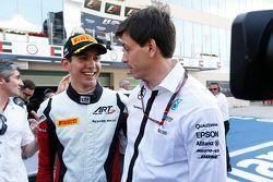 Campione 2015 GP3 Esteban Ocon, ART Grand Prix con Toto Wolff