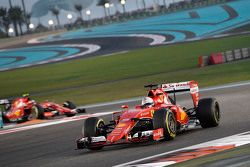Sebastian Vettel y Kimi Raikkonen, Ferrari SF15-T