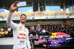Daniel Ricciardo and Daniil Kyvat, Red Bull Racing