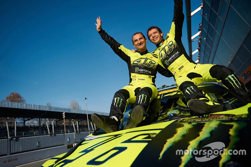 Pemenang balapan, Valentino Rossi, dan Carlo Cassina, Ford Fiesta