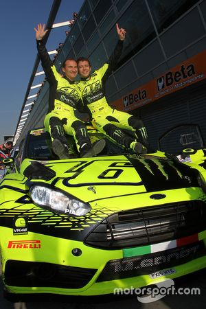 Winners Valentino Rossi and Carlo Cassina, Ford Fiesta