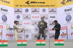 Podio: il vincitore Vishnu Prasad, secondo posto Akhil Rabindra, terzo Krishnaraaj Mahadik