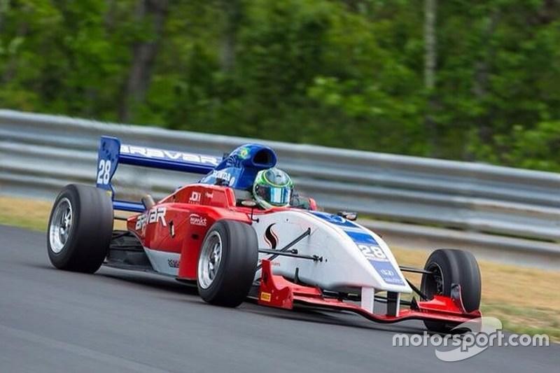 Vinicius Papareli, Takımı JDX Racing