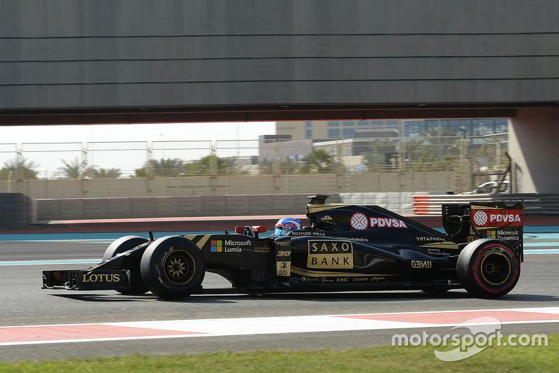Третий пилот в Lotus