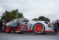 New livery for James Courtney, Holden Racing Team