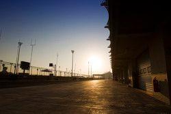 Yas Marina circuit atmosphere