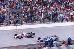 Al Unser Jr. beats Scott Goodyear to the finish