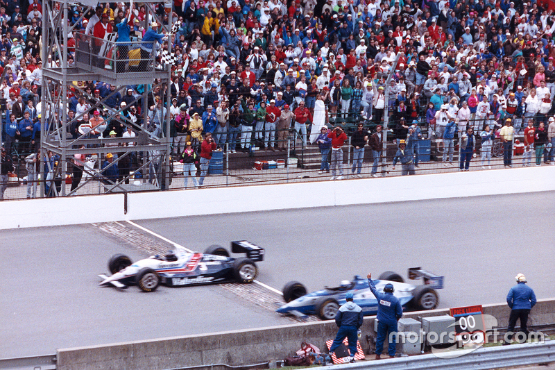 Al Unser Jr. y Scott Goodyear hasta el final