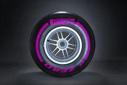 Pirelli ultrasoft lastiği