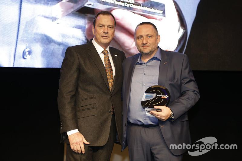 Alan Gow, Präsident der FIA-Tourenwagen-Kommission, mit Yves Matton, Citroën-Sportchef