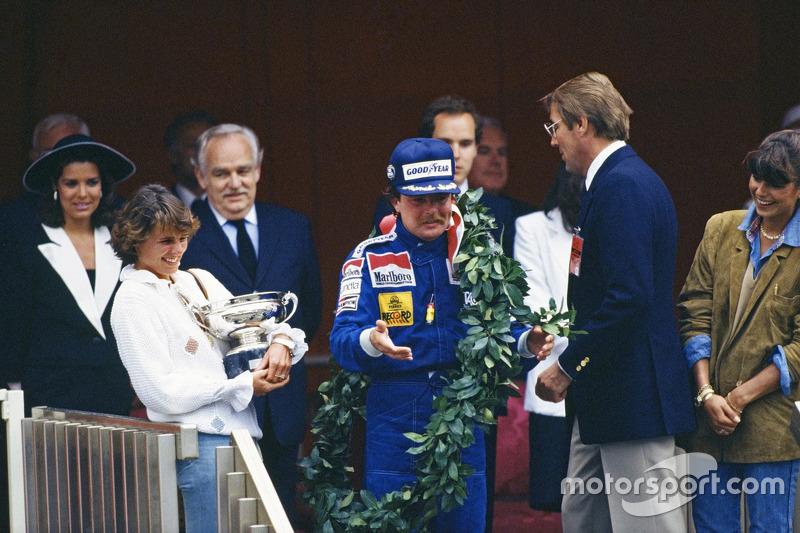 Le vainqueur Keke Rosberg, Williams