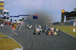 Start: Keke Rosberg, Williams leads