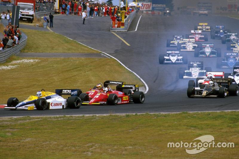 Start: Keke Rosberg, Williams, lider