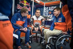 Sebastian Risse, Alex Hofmann and Pit Beirer, KTM Head of Motorsport
