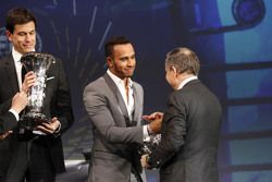 Lewis Hamilton, Mercedes AMG F1, Toto Wolff, Mercedes AMG F1 Shareholder and Executive Director and