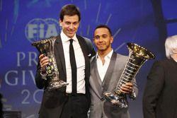 Lewis Hamilton, Mercedes AMG F1, Toto Wolff, Mercedes AMG F1 Accionista y Director Ejecutivo