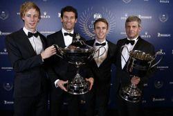 Brendon Hartley, Mark Webber, Timo Bernhard, Porsche Team avec Fritz Enzinger, Directeur Porsche Team LMP1