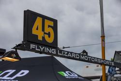 Flying Lizard Motorsports, Teambereich